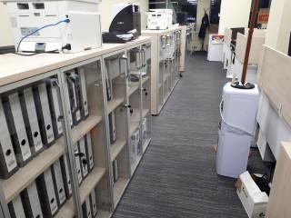 Шкафы для документов со стеклом и замками