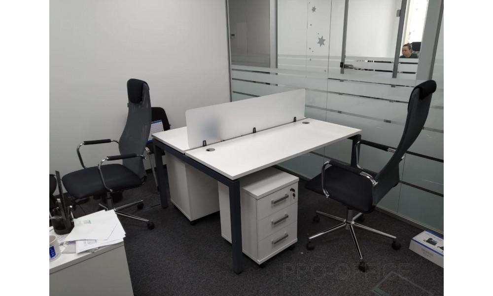 Офисные перегородки между рабочими местами